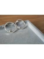 簡約大圓純銀耳環 配 0.03ct白鑽石
